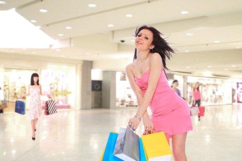 im-too-sexy-shopping-centre-shoot