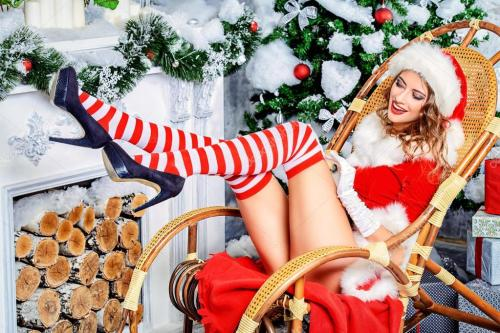 depositphotos_91472090-stock-photo-white-tree-beautiful-sexy-christmas